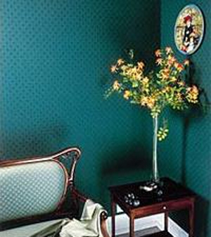 How to decorate walls with fabric